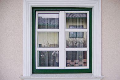 Zweiflüglige Fenster
